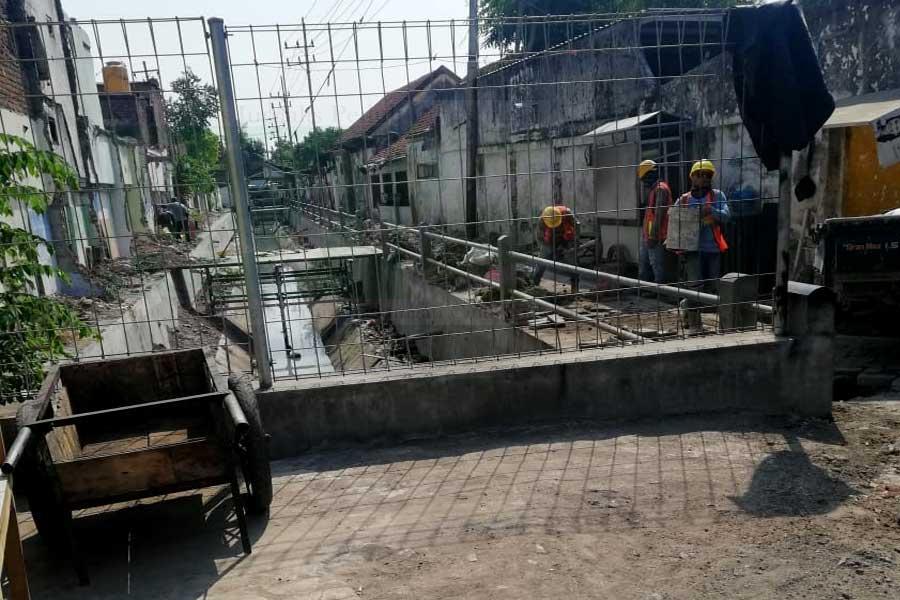 KJPL Dampingi Warga Korban Apartemen Gunawangsa Tidar